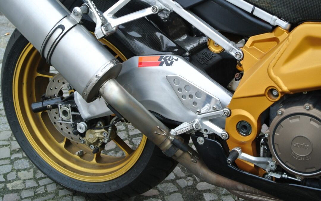 Motorcycle accident causes and risk factors